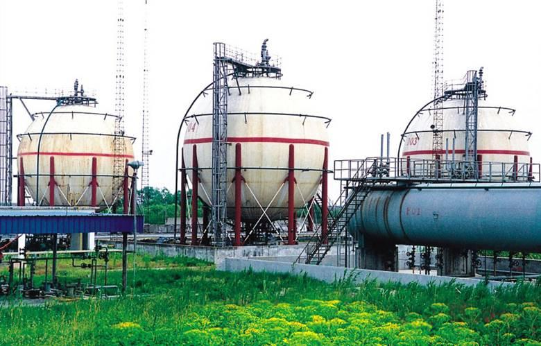 江苏江阴石油分公司的2000M3丙稀球罐